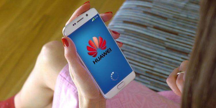 smartphone-Barcellona-telecom-Huawey-investire